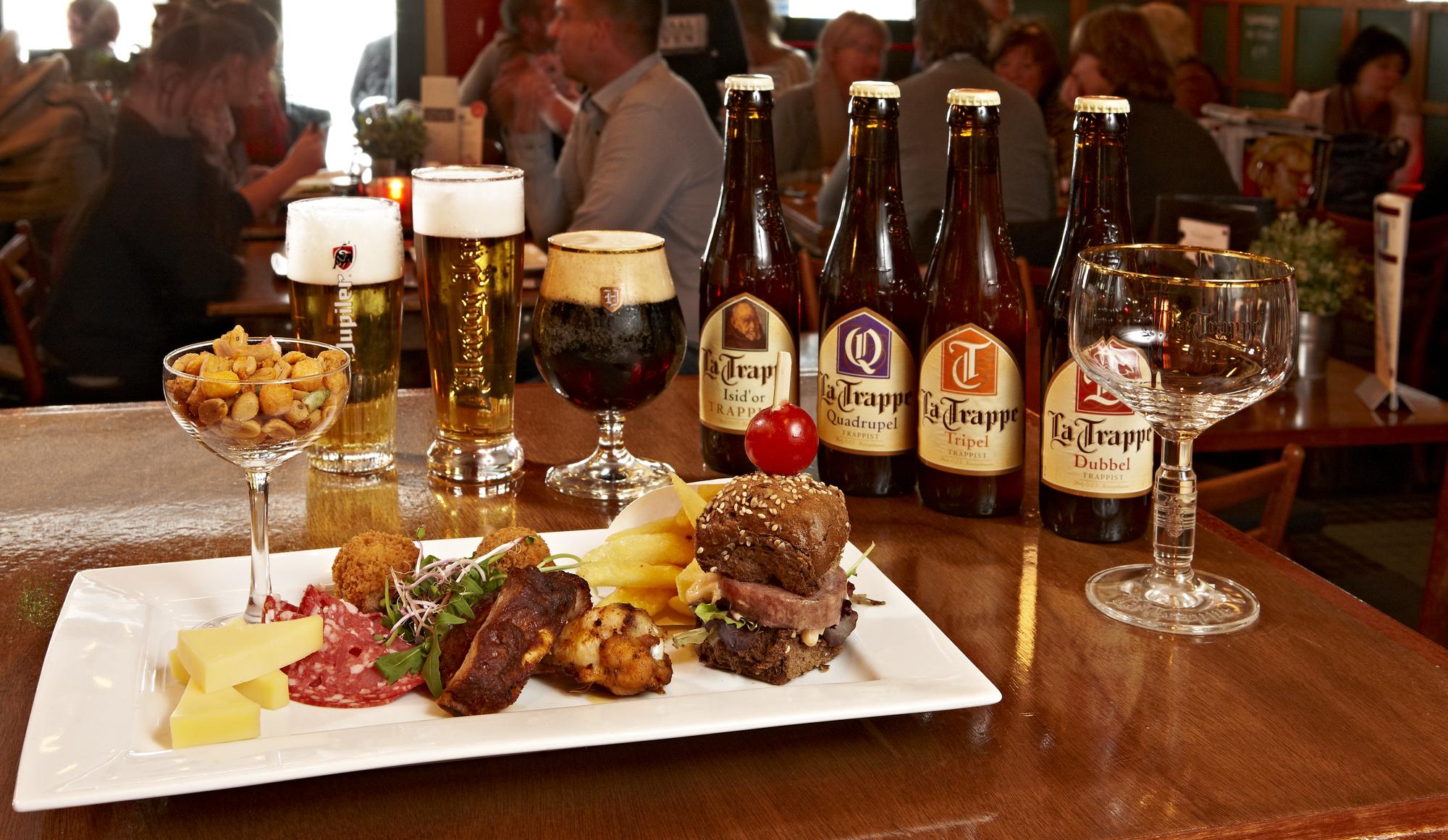 Bier, Speciaal bier, Café Tilburg